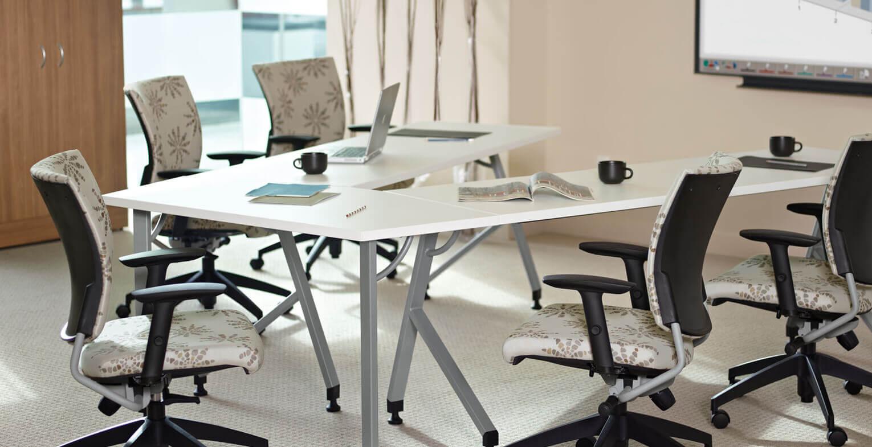mobilier de bureau salle de conf rence r ception comptoir d 39 accueil. Black Bedroom Furniture Sets. Home Design Ideas